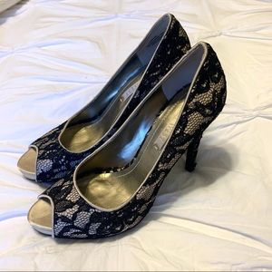 Nine West Black Lace Pumps Size 6.5